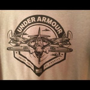 Under Armour Gray Large Tee Shirt